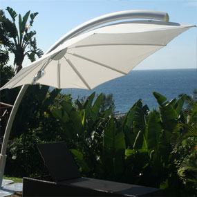 parasol g ant d port grand parasol haut de gamme. Black Bedroom Furniture Sets. Home Design Ideas